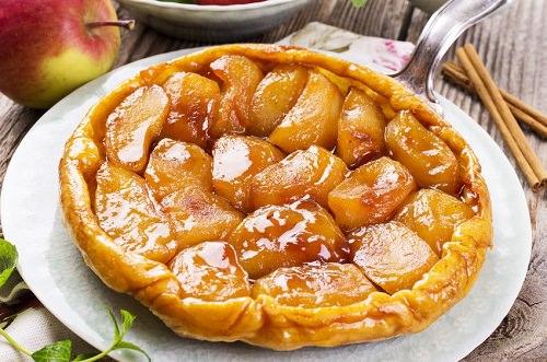 Spiced upside-down apple bundt cake