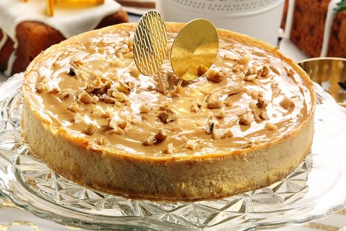 Christmas caramel cheesecake