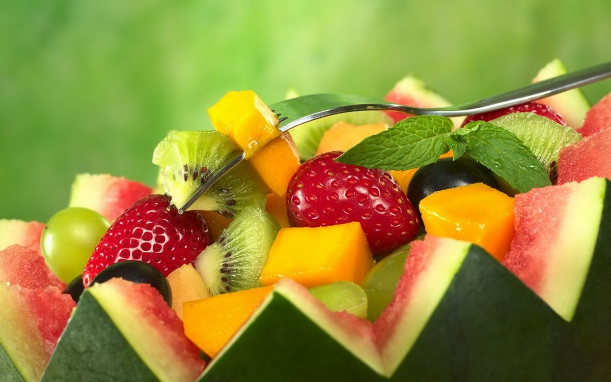 10 Refreshing Summer Fruit Salads