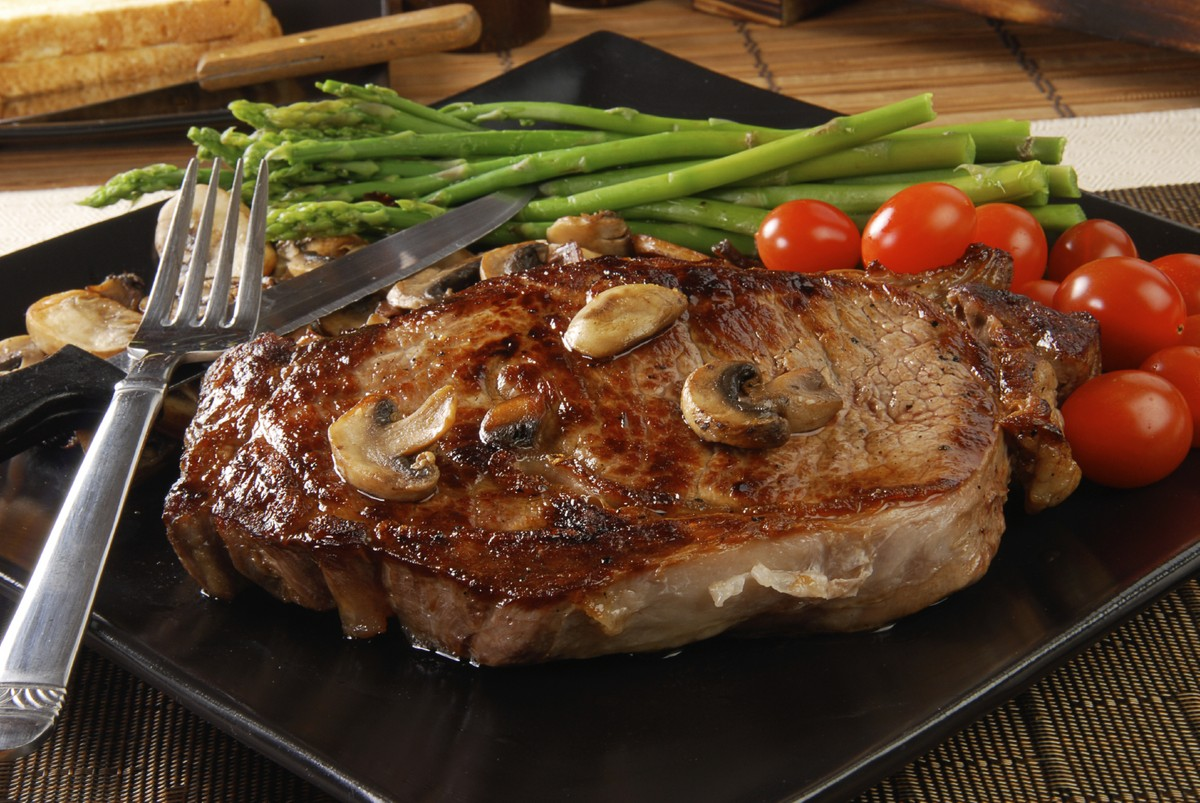 7 Sizzling Summer Steak Recipes