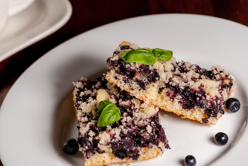 Blueberry hazelnut bar