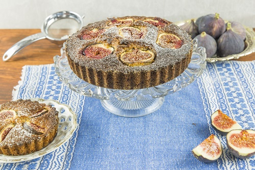 Fig and almond filling