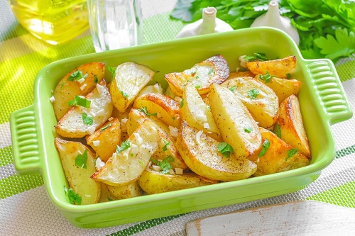 Grilled potatoes with Italian seasoning