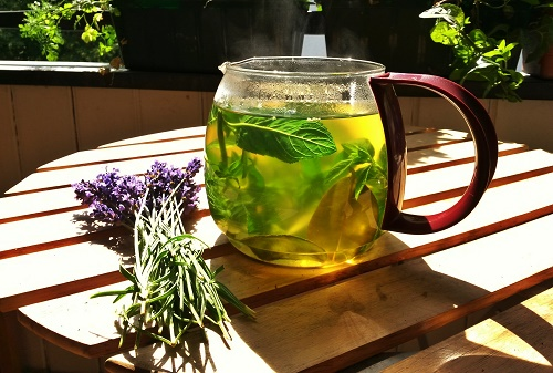 Mint and lavender tea