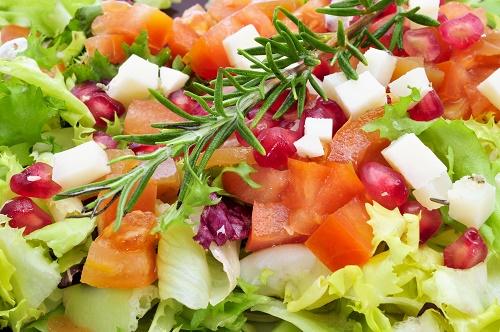 Tomato salad with pomegranate molasses