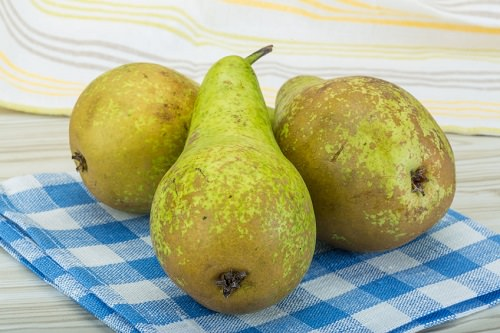 Pear. The Powerful Fruit You Should Be Eating More