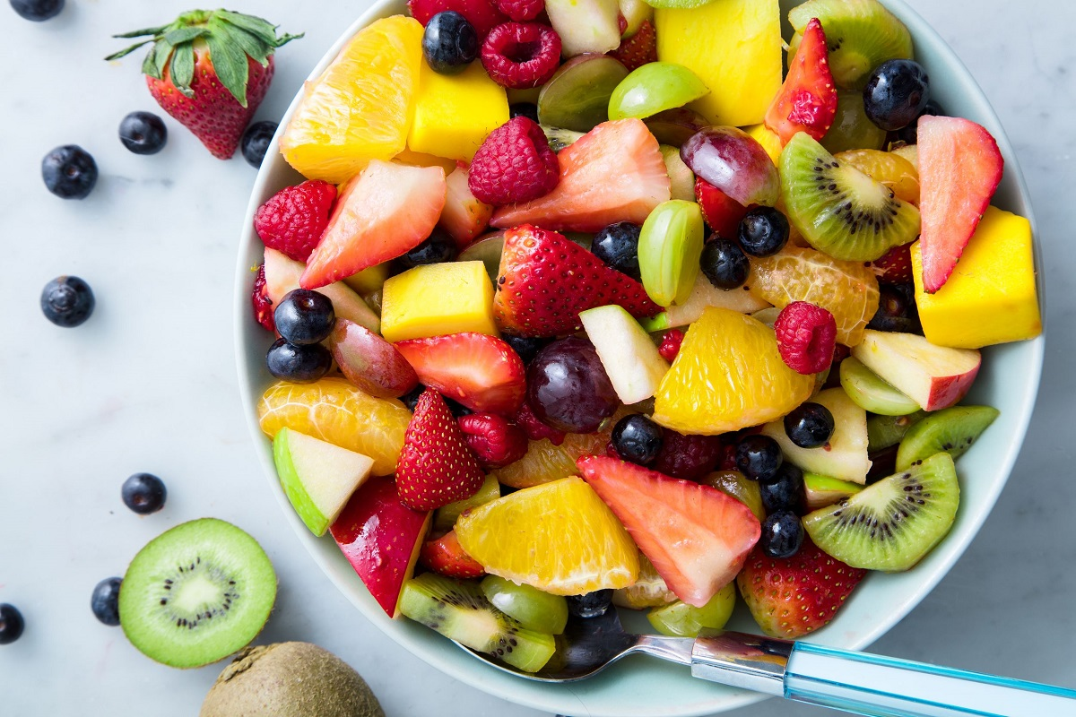 9 Reasons to Load Your Fruit Salad with Oranges