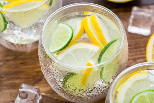 Start your suhoor with two glasses of lemon water
