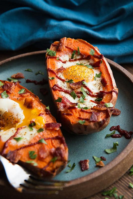 baked-sweet-potato-and-egg-breakfast-boats