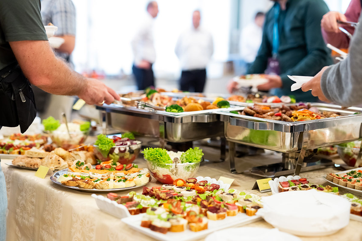 6 Advantages and Disadvantages of Free Office Food