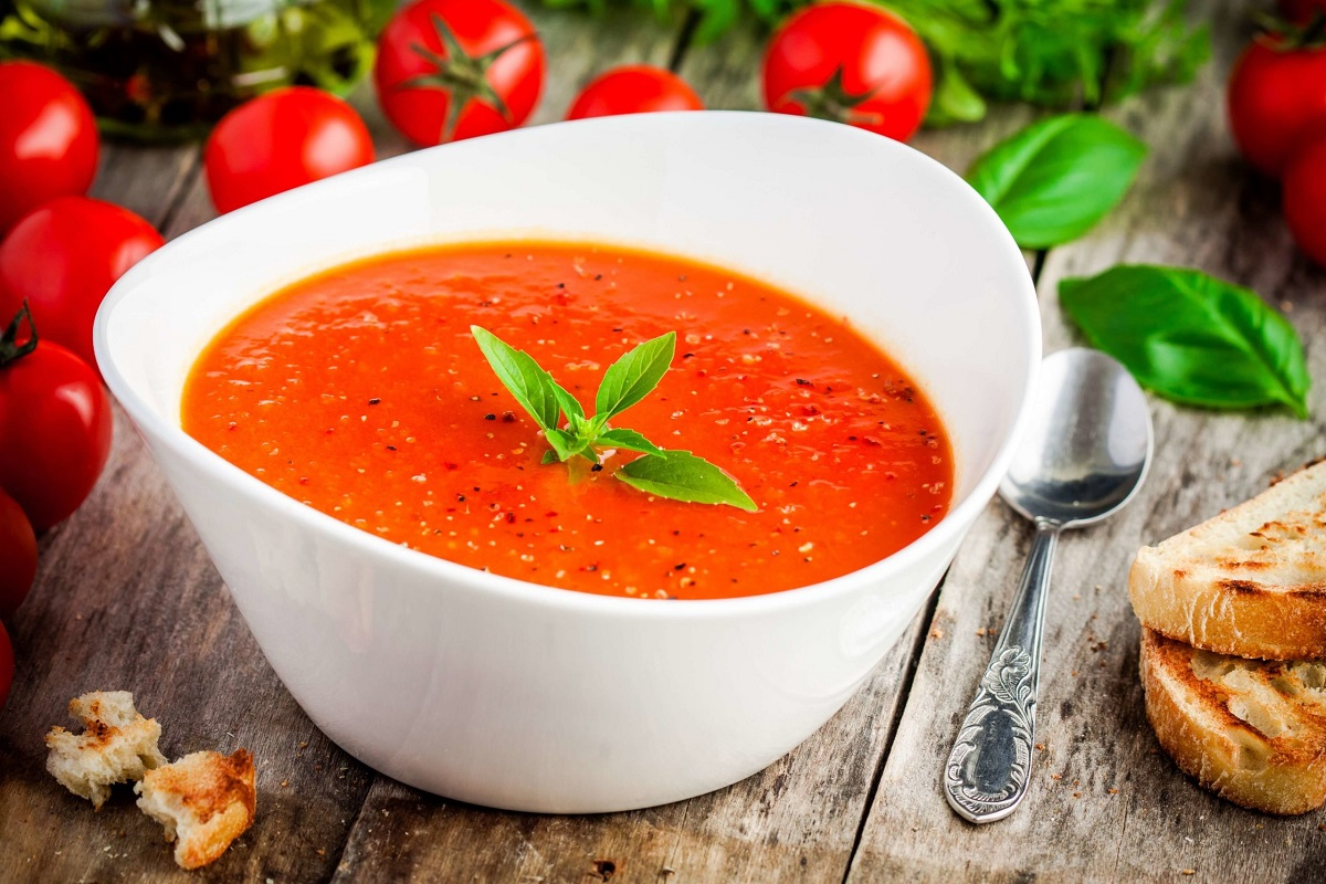 Sweet Corn and Tomato Soup