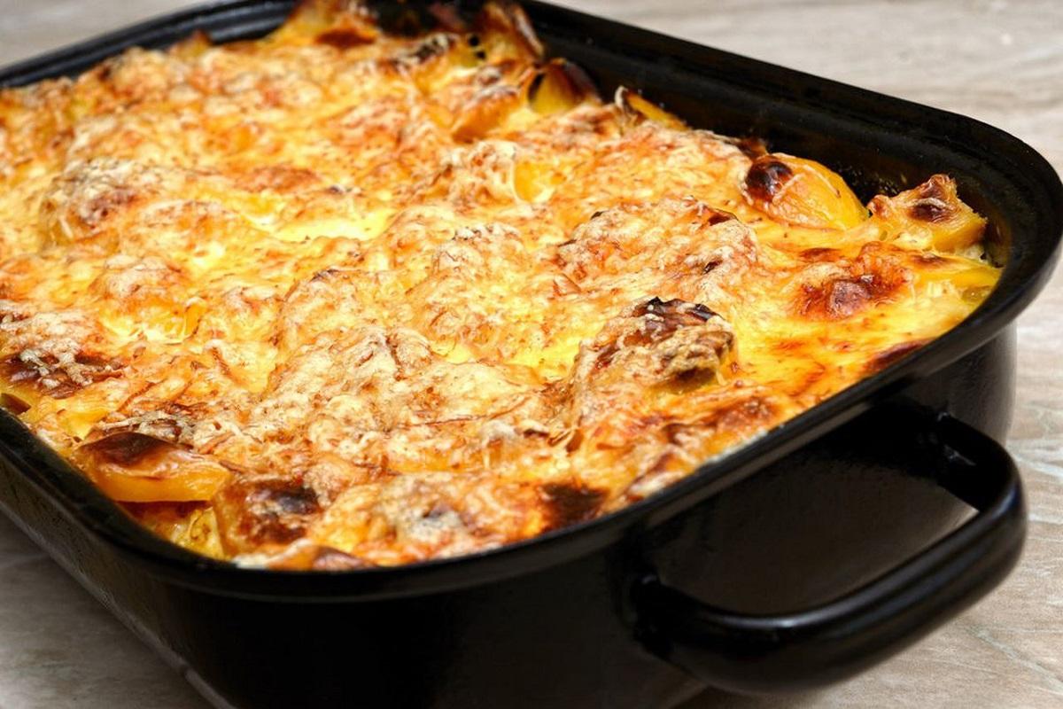 Grilled garlic potato