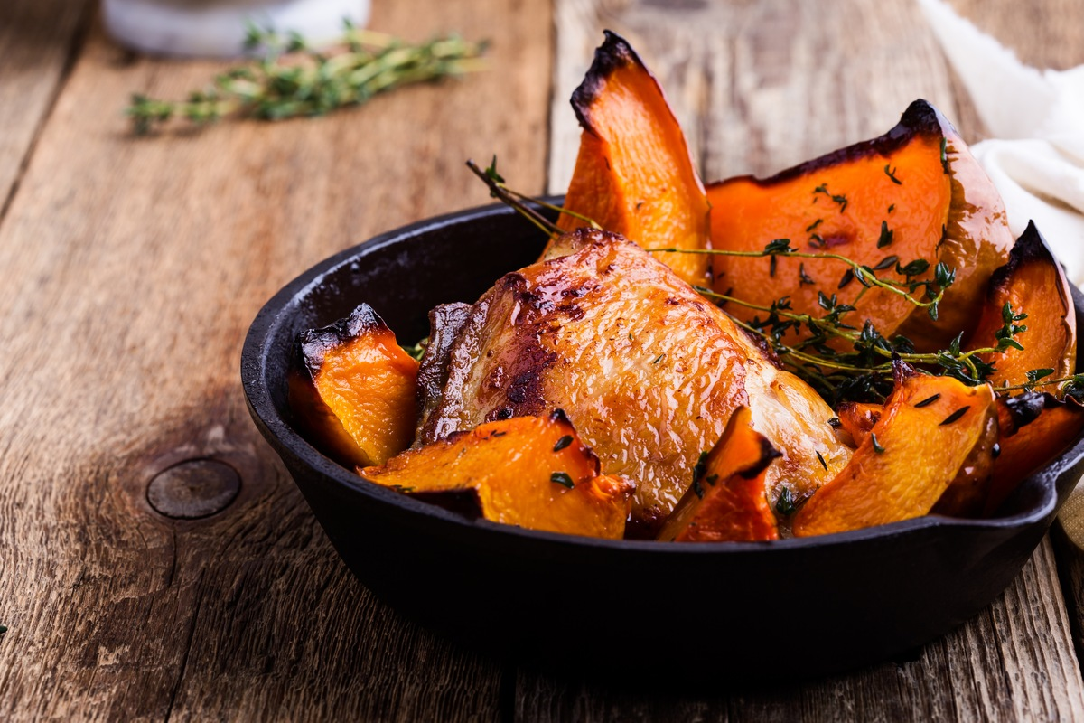 7 Non-Traditional Thanksgiving Side Dishes - Roasted acorn squash
