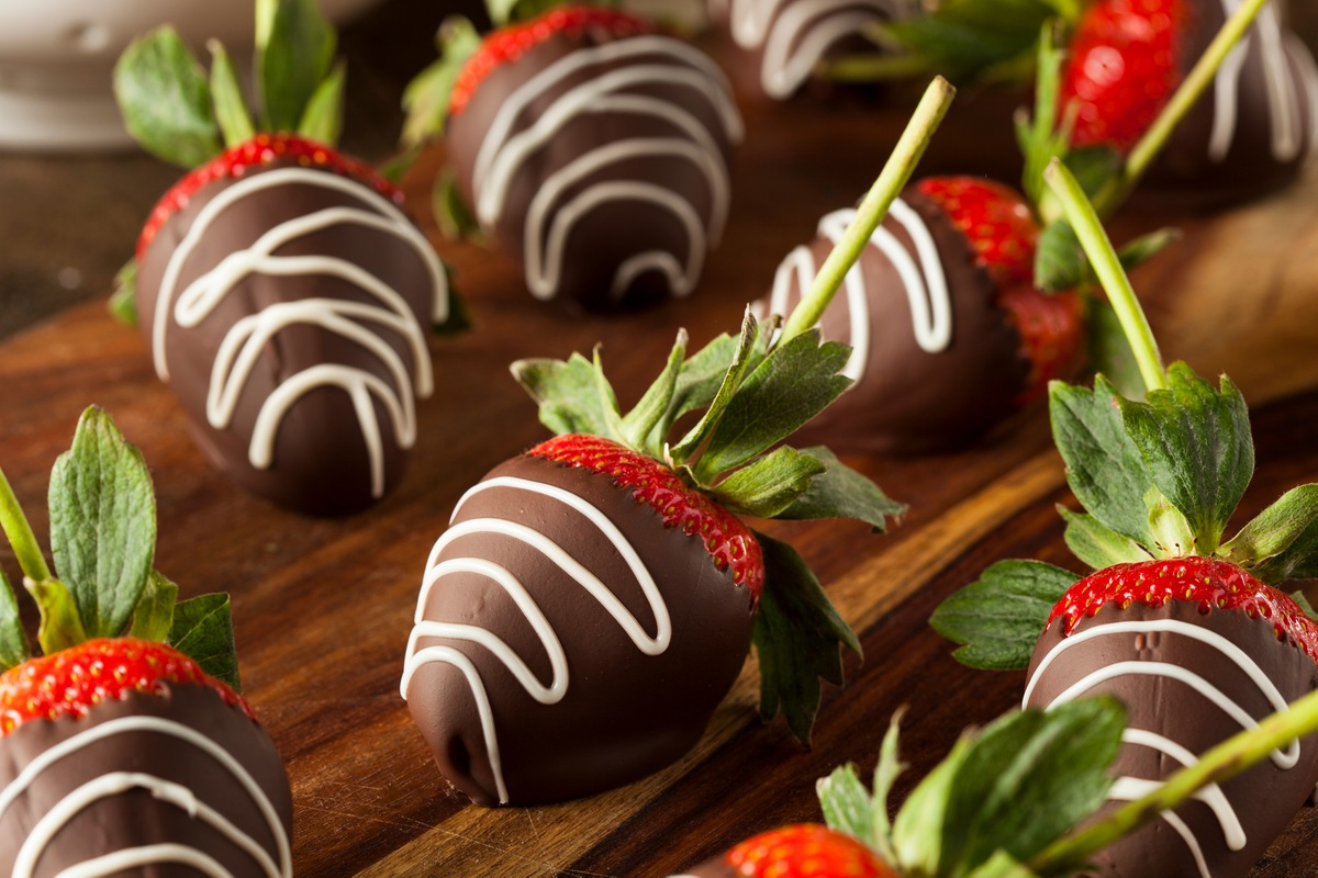 Recipe for Chocolate-Dipped Strawberries
