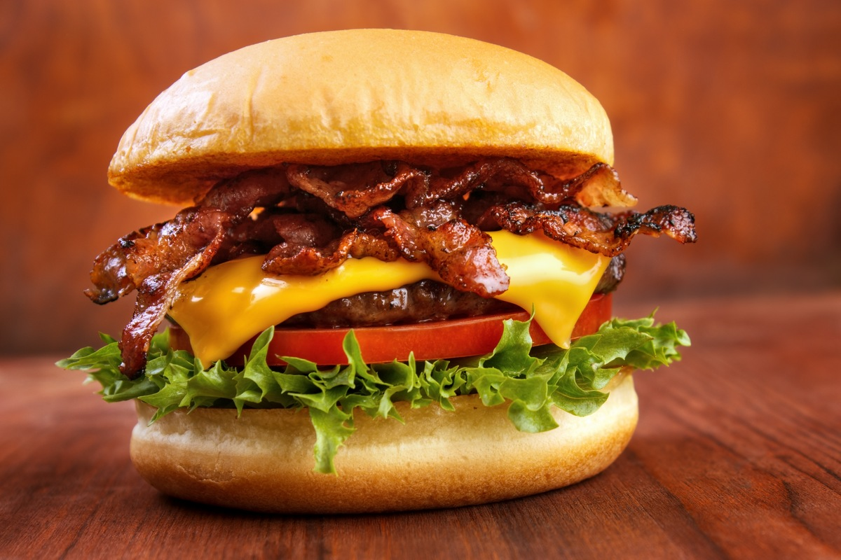 Recipe for Sriracha Burgers with Bacon and Blue Cheese