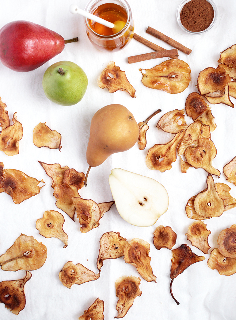 Pear Chips With Cinnamon