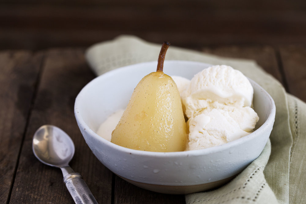 Vanilla-Poached Pears