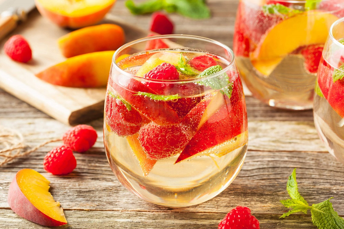 5 Delicious Fruity Alcoholic Drink Recipes