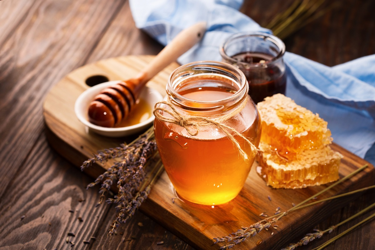 Health Benefits of Honey and How to Add it to Your Diet (28 Infographics)