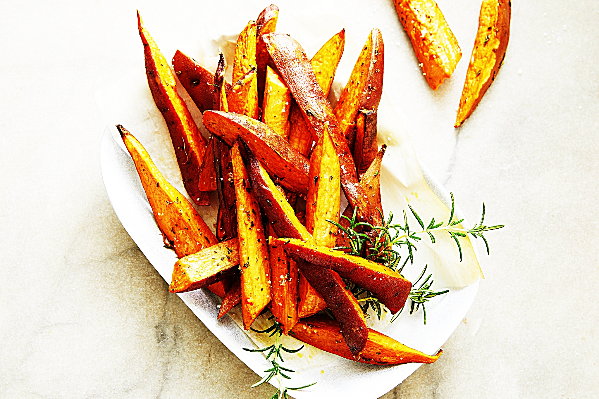 Stupid-Easy Recipe for Amazing Rosemary Sweet Potato Fries (#1 Top-Rated)