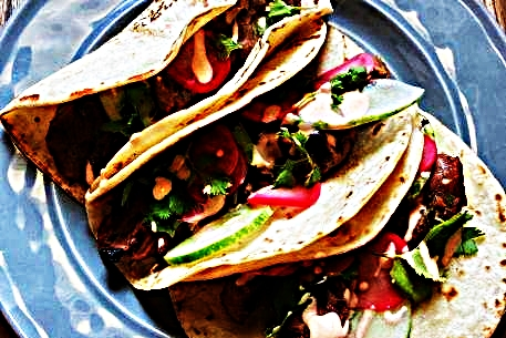 Stupid-Easy Recipe for Bahn Mi Tacos (#1 Top-Rated)