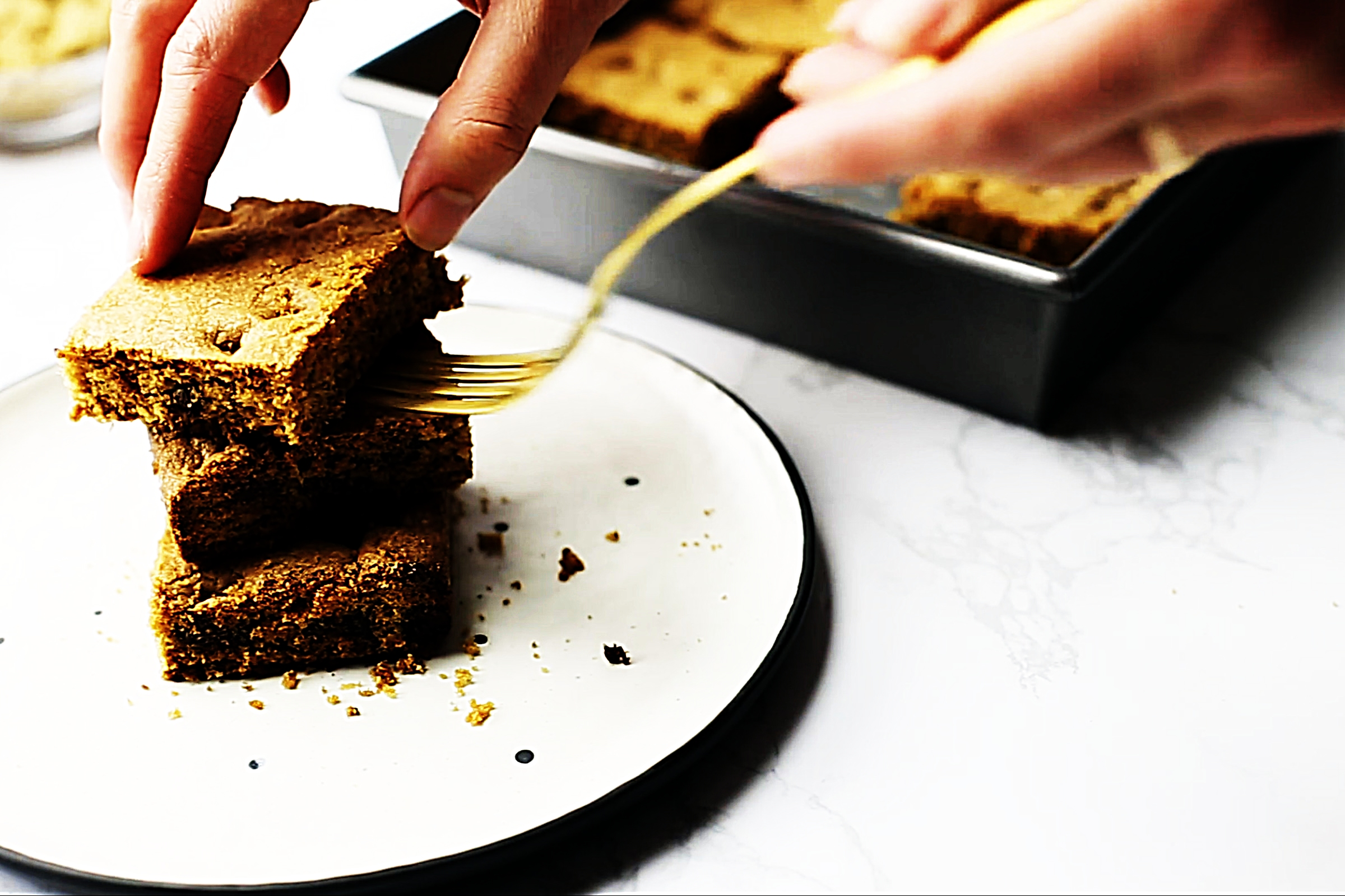 Stupid-Easy Recipe for Best Ever Chocolate Chip Blondies (#1 Top-Rated)