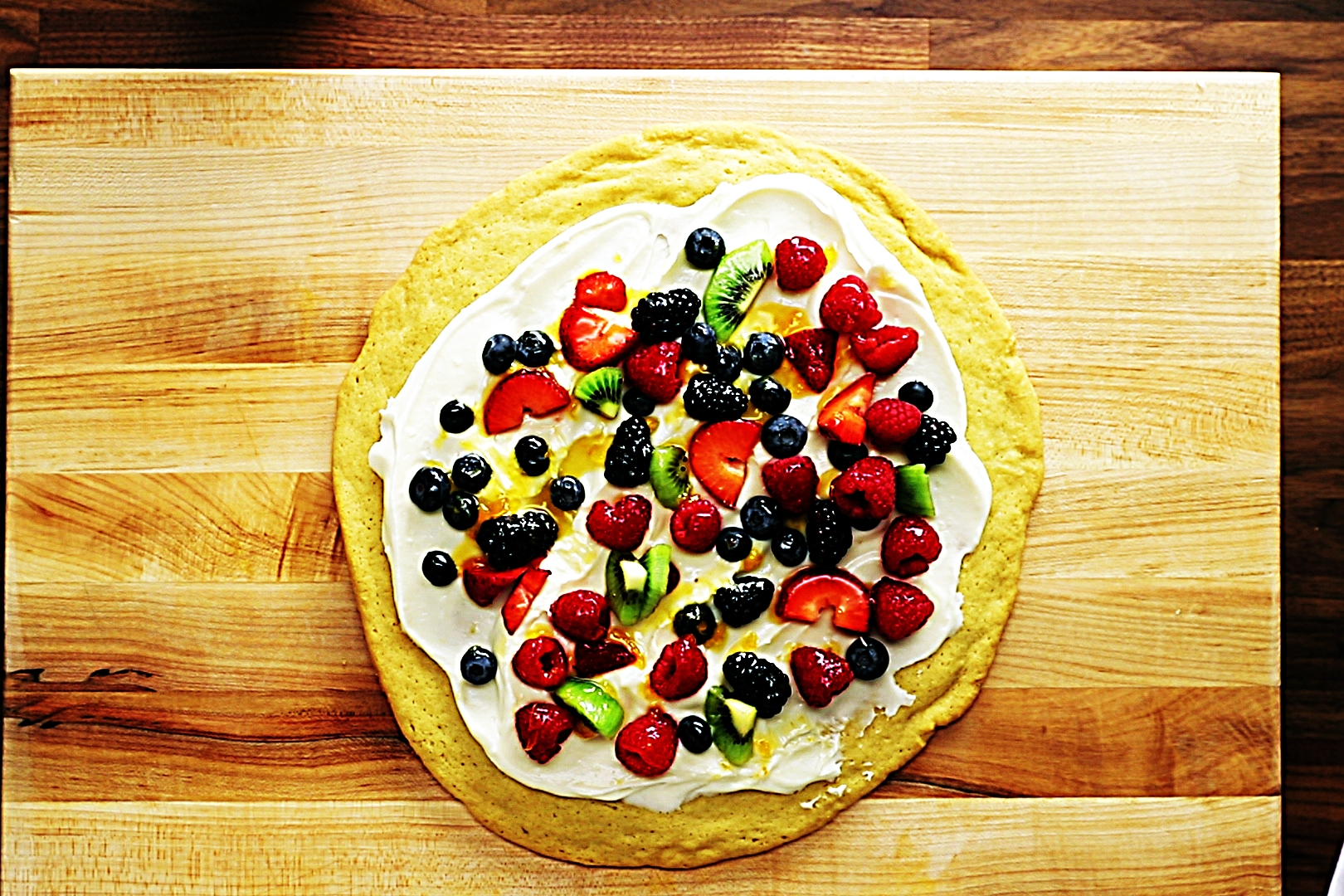 Stupid-Easy Recipe for Easy Fruit Cookie Pizza (#1 Top-Rated)