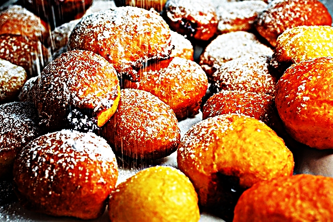 Stupid-Easy Recipe for Hanukkah Jelly Doughnuts (#1 Top-Rated)