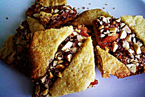 Stupid-Easy Recipe for Hungarian Strawberry Bars (#1 Top-Rated)