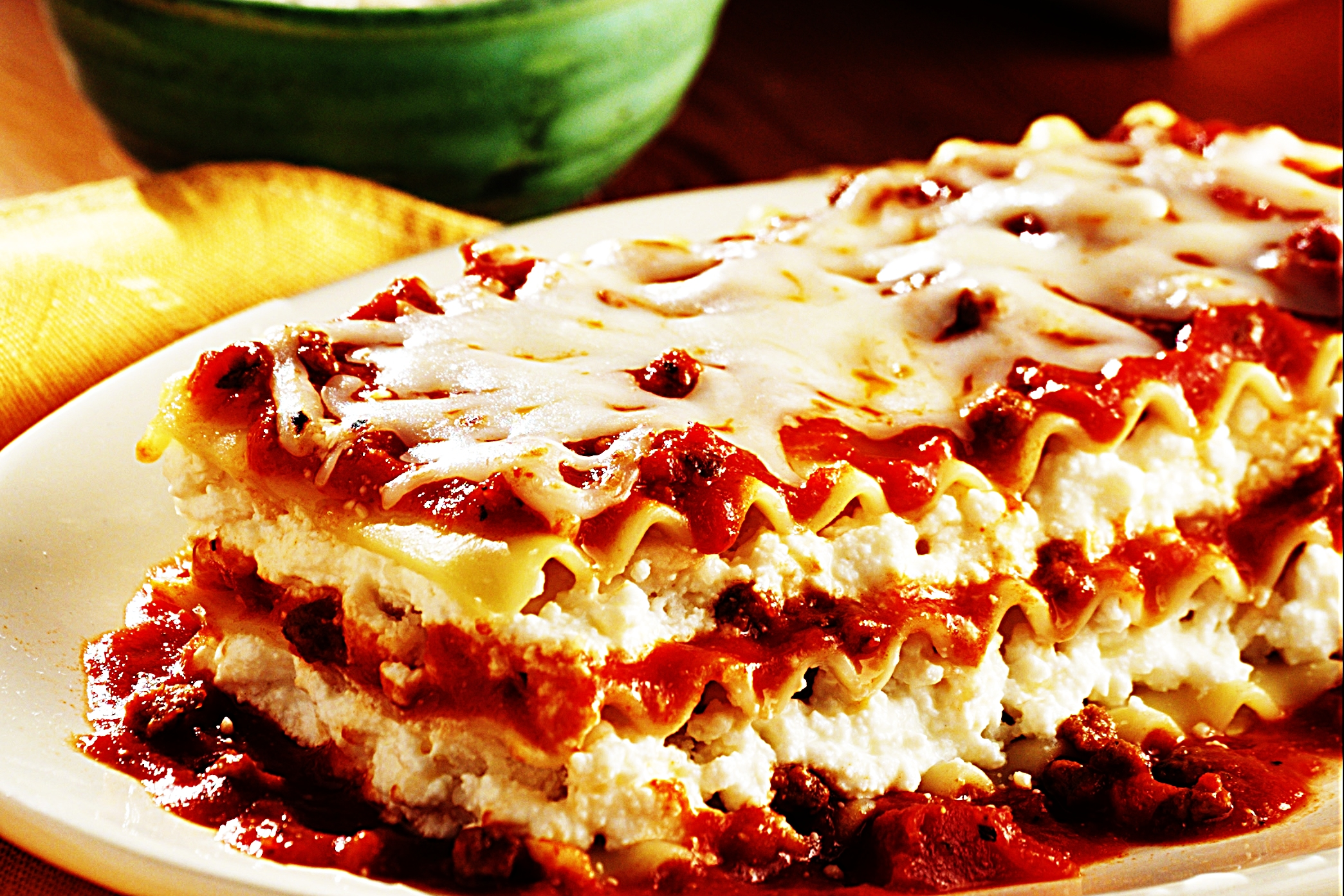 Stupid-Easy Recipe for No Boiling Lasagna (#1 Top-Rated)