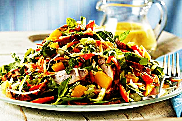 Stupid-Easy Recipe for Thai Pork and Mango Salad With Mango-Mint Dressing (#1 Top-Rated)