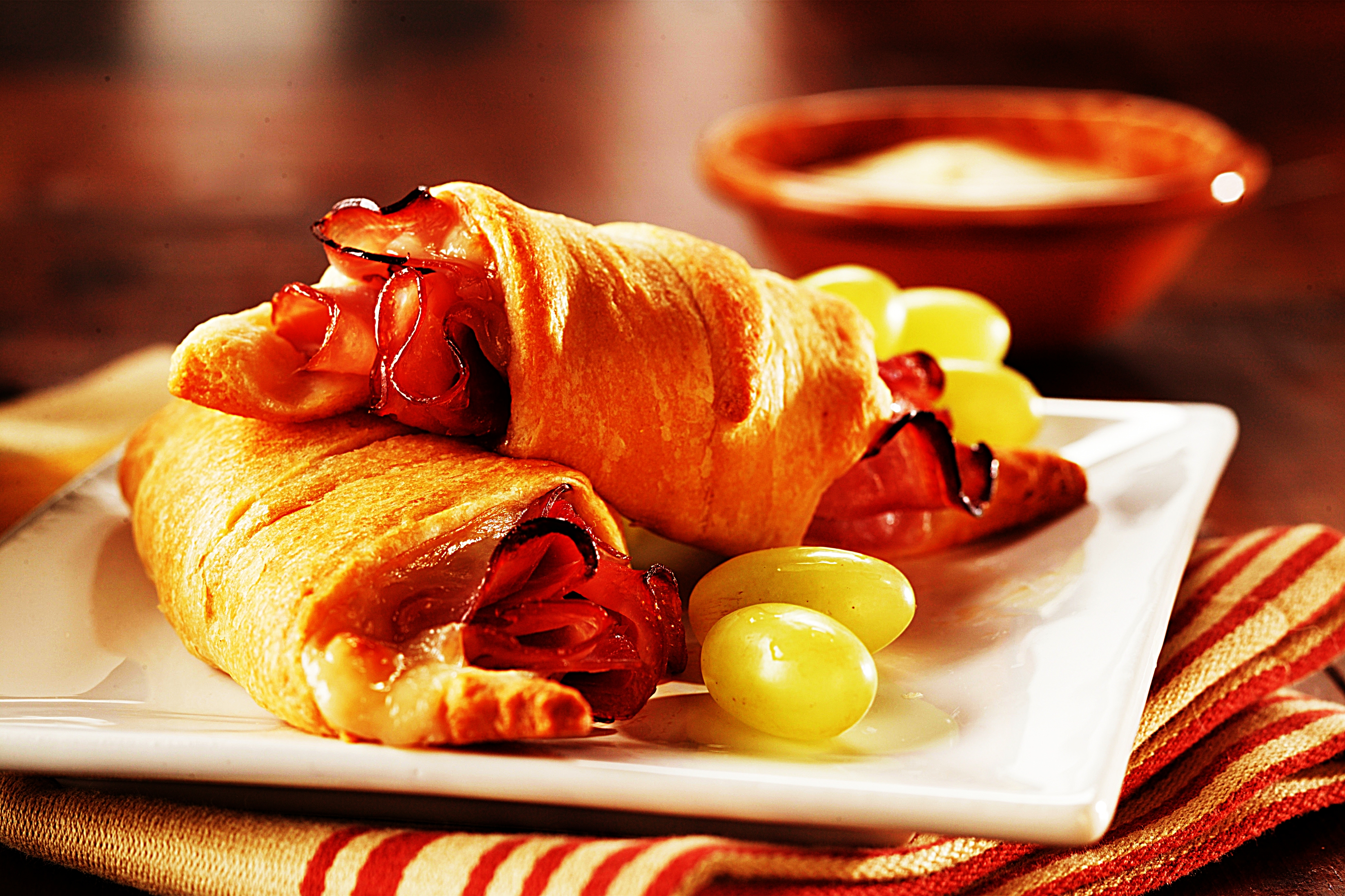 Stupid-Easy Recipe for Warm Holiday Ham Crescents (#1 Top-Rated)