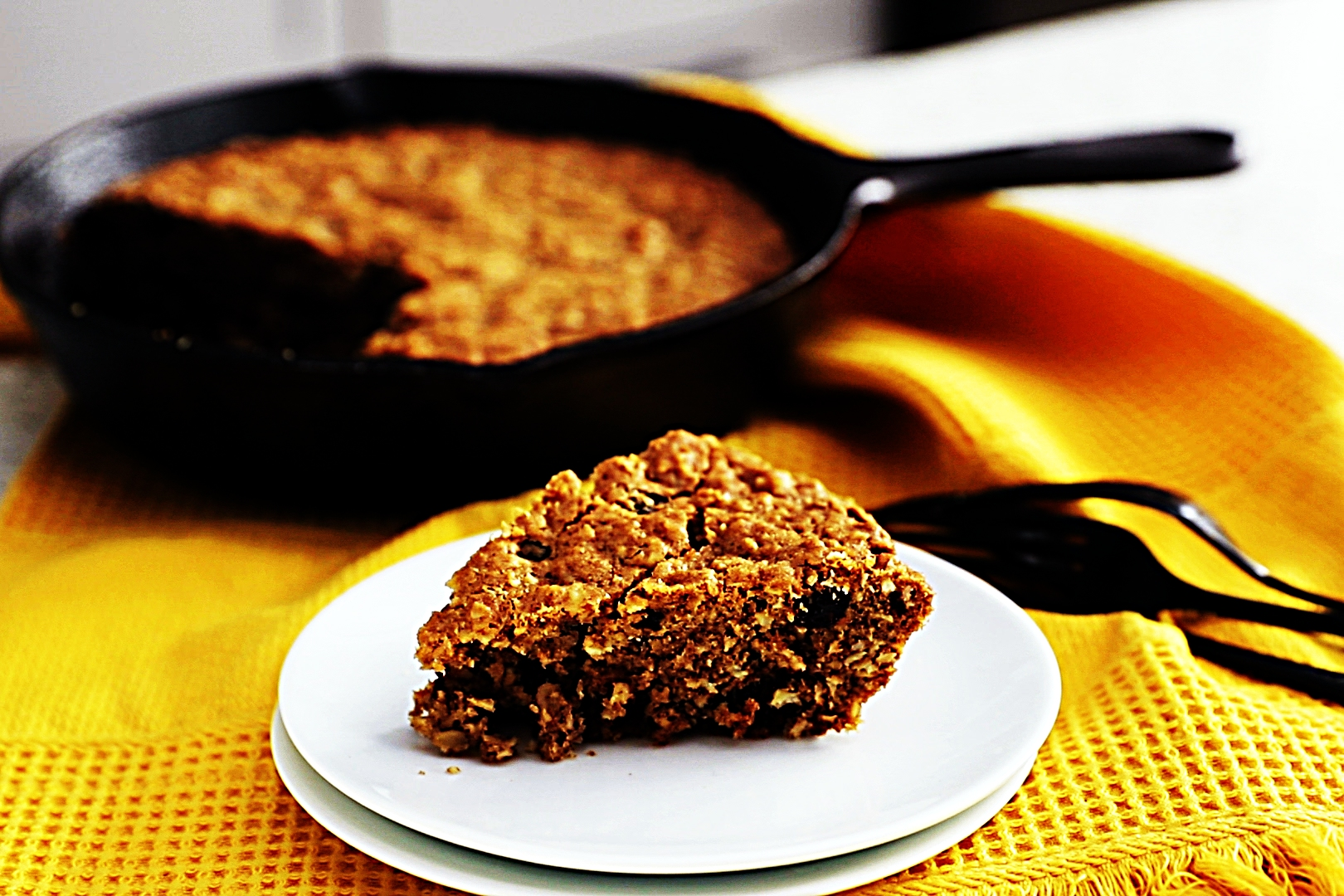 Stupid-Easy Recipe for Oatmeal Raisin Skillet Cookie (#1 Top-Rated)