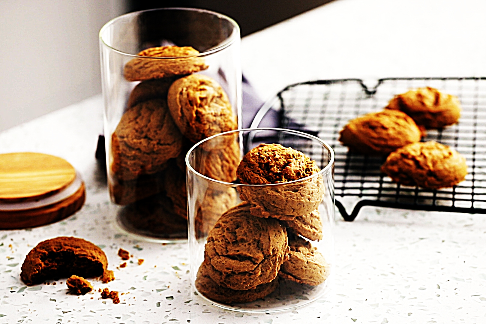 Stupid-Easy Recipe for Refined Sugar-Free Ginger Cookies (#1 Top-Rated)