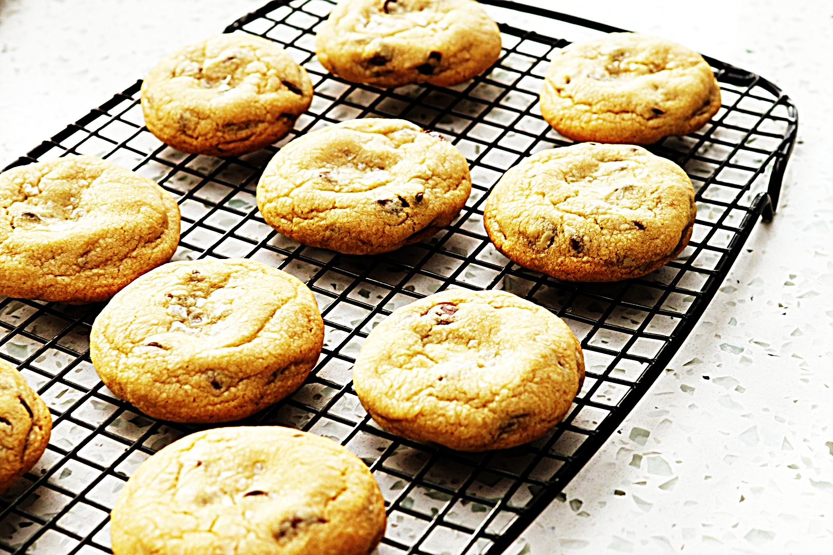 Stupid-Easy Recipe for Salted Caramel Chocolate Chip Cookies (#1 Top-Rated)