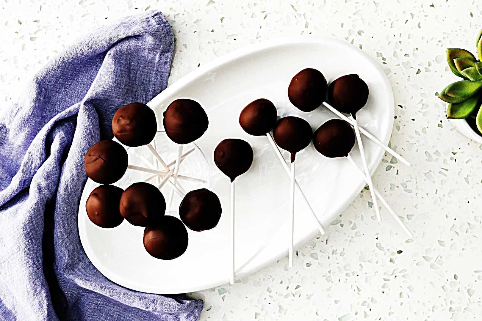 Stupid-Easy Recipe for Vegan Chocolate Cake Pops (#1 Top-Rated)